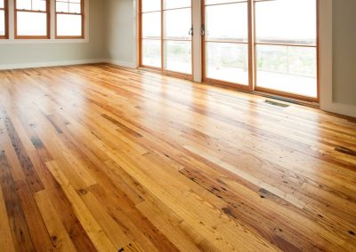 reclaimed-rustic-chestnut-flooring-1024x685